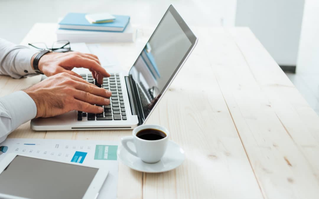 5 tips to stay healthy at a desk job